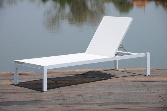 Quadrato stackable sunbed by jankurtz | Sun loungers