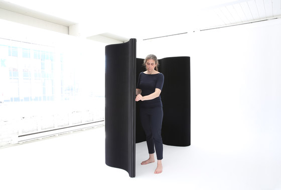 thinwall | black paper by molo | Space dividers