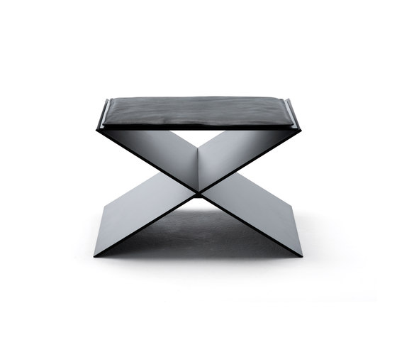 Anin by Living Divani | Stools