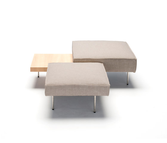 Upland by Living Divani | Poufs