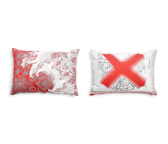 Pillow Oil by moooi | Cushions