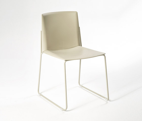 Ema Chair de ENEA | Sillas