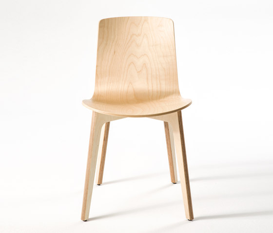 Lottus Wood de ENEA | Sillas para cantinas