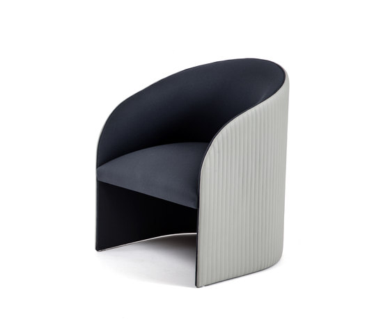 Eclipse Armchair by Bross | Armchairs