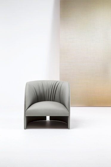 Eclipse Lounge chair by Bross | Lounge chairs