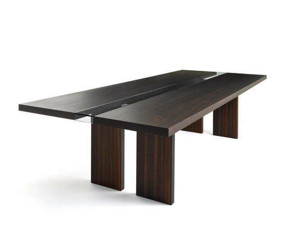 Ritz Table by Bross | Dining tables