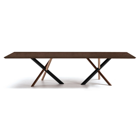 W Table by Bross | Dining tables