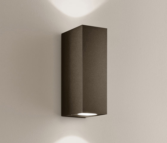 quantum #1 IvyLight cool brown by IP44.de | Spotlights