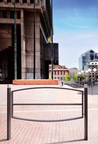 Alizé barrier by Concept Urbain | Railings / Balustrades