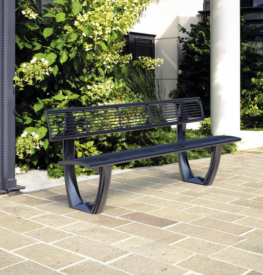 Delta mesh bench by Concept Urbain | Benches