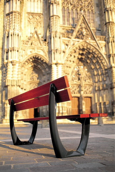Delta wooden bench by Concept Urbain | Benches