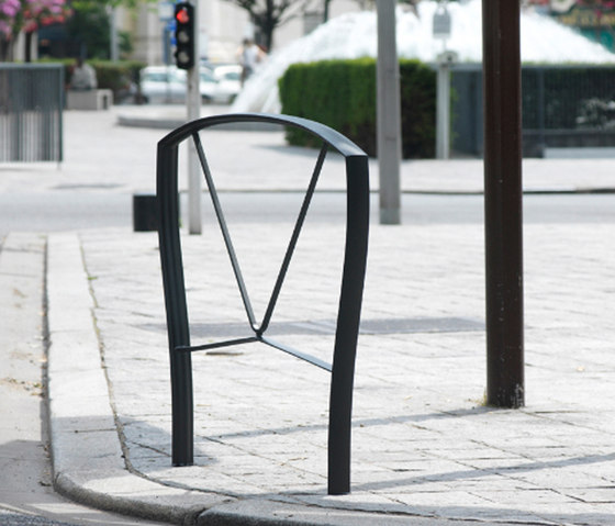 Nastra barrier by Concept Urbain   Railings / Barriers