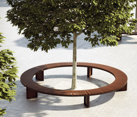 Soha wooden backless bench curved by Concept Urbain | Benches