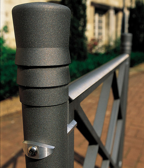 Vesta barrier V3 by Concept Urbain | Railings / Barriers