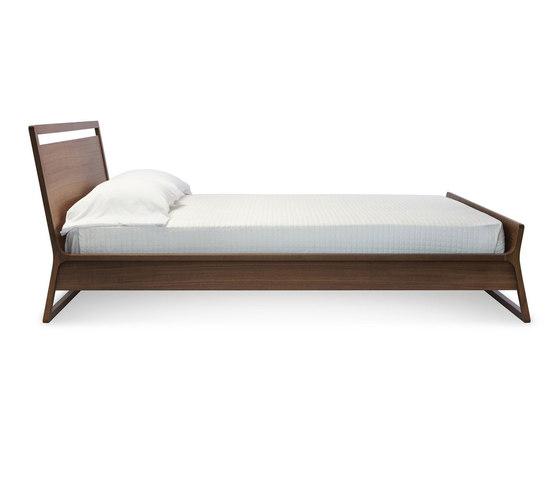 Woodrow Full Bed de Blu Dot | Camas