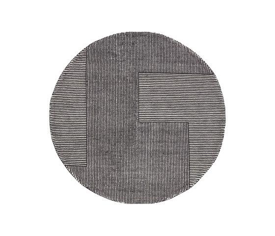 Stripe Rug Round Black and White von Tom Dixon | Formatteppiche