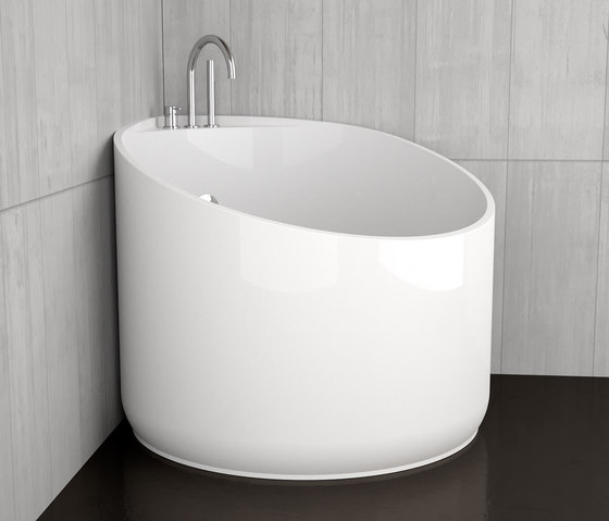 Mini free standing baths from glass design architonic for Petite baignoire design