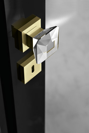 Diamond Q by Glass Design | Knob handles
