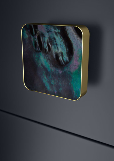 Perla Quadro by Glass Design | Cabinet knobs