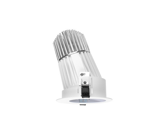 Quantum_J1 by Linea Light Group | Spotlights