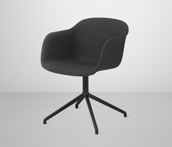 Fiber Armchair | swivel base upholstered by Muuto | Visitors chairs / Side chairs