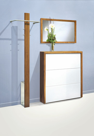 Mr. T Nussbaum by D-TEC | Freestanding wardrobes