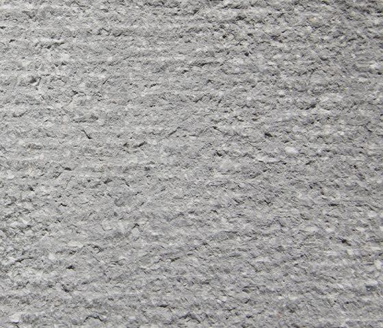 Eco-Terr Slab Black Sand di COVERINGSETC | Lastre pietra naturale