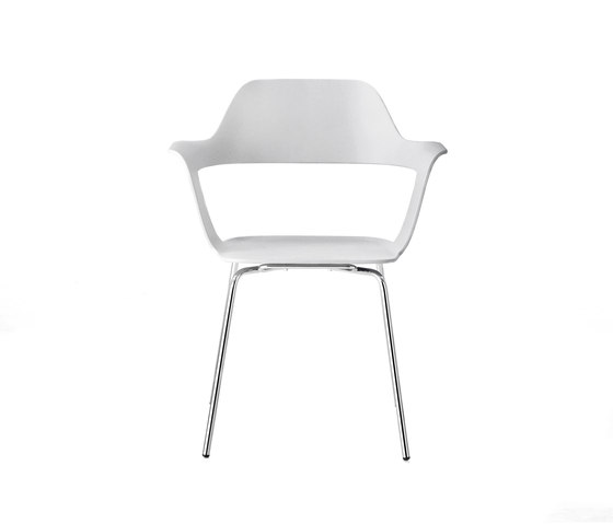 Mu stuhl mehrzweckst hle von radius design architonic for Stuhl design 20 jahrhundert