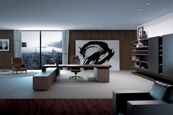Katamaran Management K3 by Famo | Executive desks