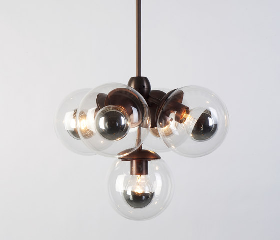 Modo Pendant - 5 Globes (Bronze/Clear) de Roll & Hill | Lámparas de suspensión