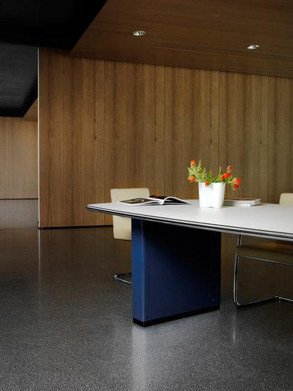 Classic Line TB 121 | TB 126 Conference table de Müller Möbelfabrikation | Tables collectivités