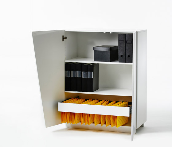 Angle Storage High Cabinet W 90 by A2 designers AB | Cabinets