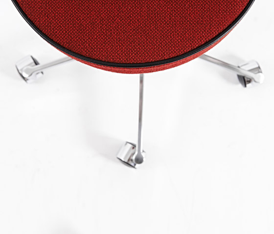 VL66T Stool by Vermund | Swivel stools