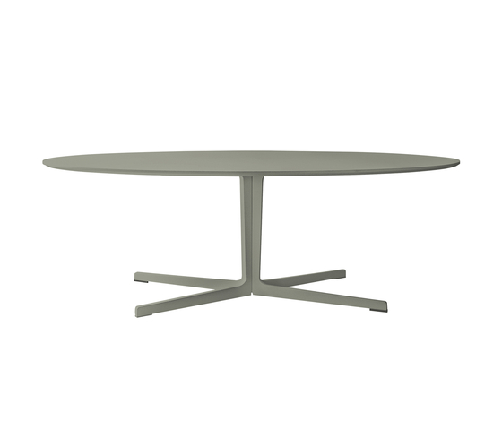 Split by Tacchini Italia | Restaurant tables