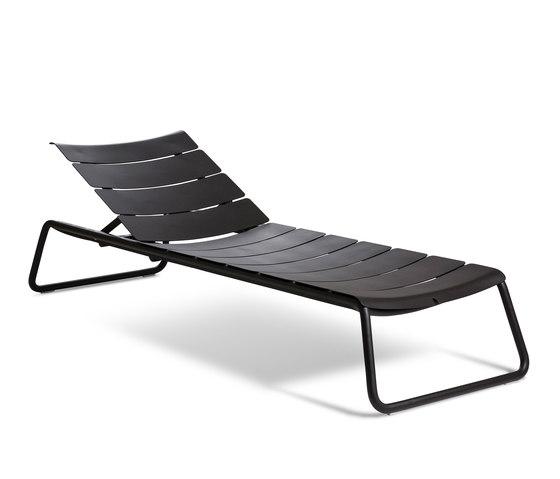 Corail Sun Lounger di Oasiq | Lettini giardino