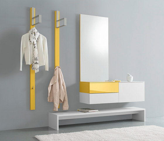 Ted by Sudbrock | Built-in wardrobes