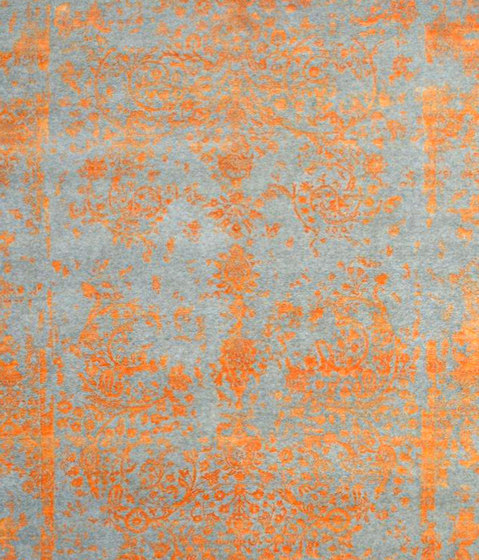 Kashmir Blazed fast orange 4739 by THIBAULT VAN RENNE | Rugs
