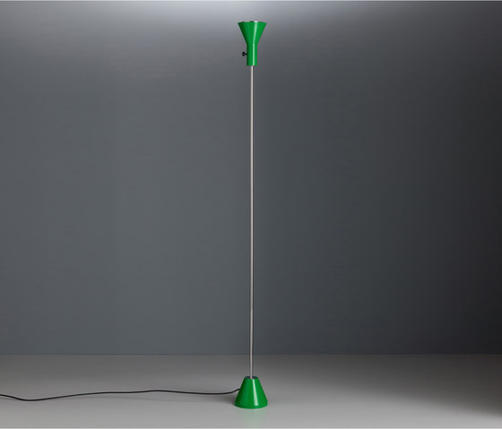 ES57 LED Floor lamp di Tecnolumen | Lampade piantana