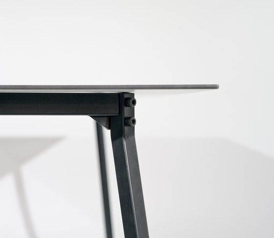 Easy Table de MY KILOS | Dining tables
