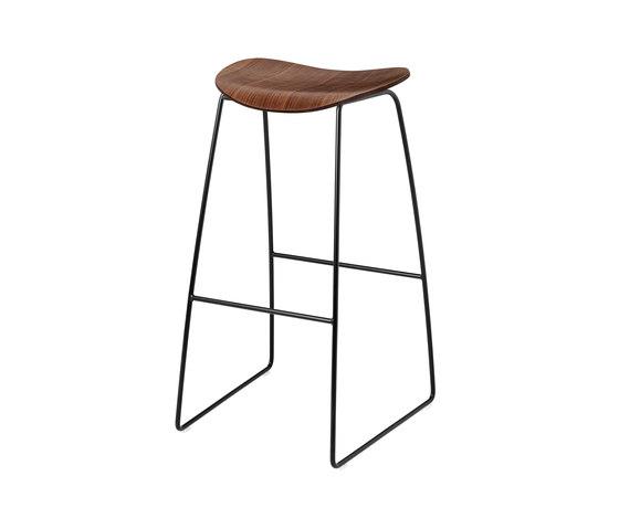 Gubi 2d Chair By Gubi Wood Base Center Base