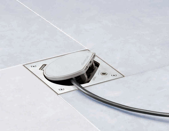 K45 | Waterproof Floor Box IP 66 by Simon | Waterproof sockets
