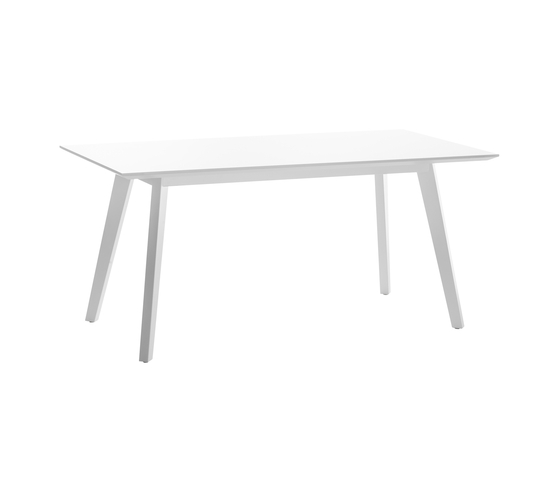 Timber 4240 by BRUNE | Dining tables