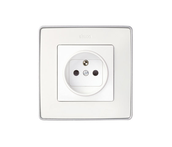 Detail 82 | French Socket by Simon | Sockets