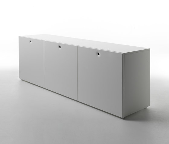 Anish doors closed base by CASAMANIA-HORM.IT | Sideboards