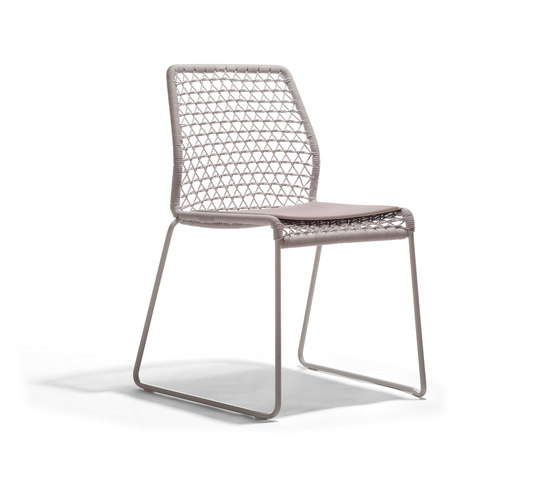 Vela Chair by Accademia | Chairs