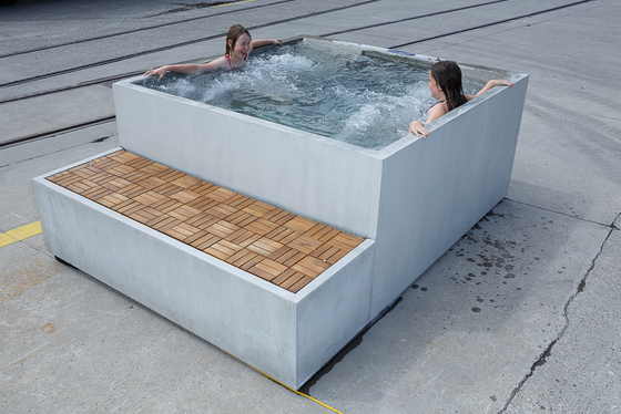 Concrete in Bath | Design Examples by Dade Design AG concrete works Beton | Outdoor whirlpools