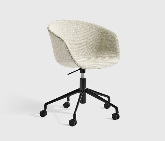 About A Chair with Gaslift AAC53 by Hay | Task chairs