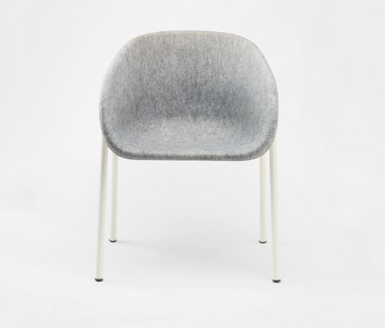 LJ 1 Arm Chair di De Vorm | Chairs
