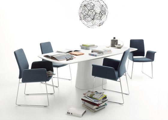 Fino by COR   Restaurant chairs