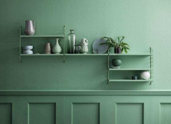 string pocket green de string furniture | Estantería